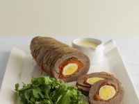 Beef Rolls Stuffed with Egg, Carrots and Bell Pepper recipe