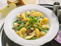 Beef Stew with Green Beans and Apples