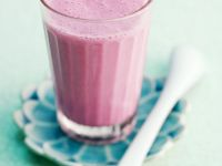 Beet and Berry Yoghurt Drink recipe