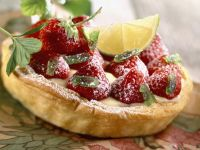 Berry and Custard Tartlet recipe