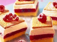 Berry Cream Cake recipe