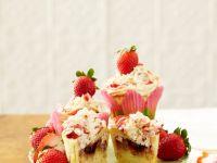Berry Crumble Cakes recipe