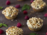 Berry Cupcakes with Topping recipe