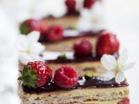 Berry Opera-style Cake