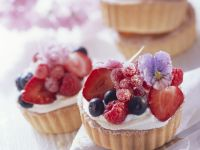 Berry Tartlets with Edible Sugared Flowers recipe