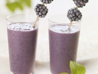 Berry Yoghurt Drink recipe