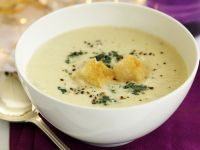 Blue Cheese and Cauliflower Soup recipe