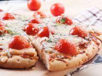 Blue Cheese and Prosciutto Pizza recipe