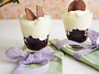 Blueberries with White Chocolate Mousse recipe