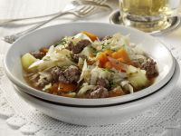 Braised Cabbage and Beef with Carrots and Potatoes recipe