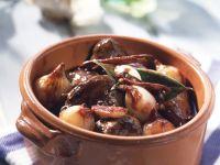 Braised Rabbit Stew with Wine and Garlic recipe