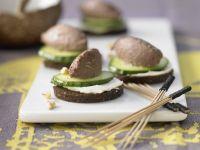 Bread Slices with Walnut-Liver Spread recipe