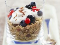 Breakfast Muesli with Yoghurt recipe
