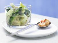 Broccoli and Leeks with Spicy Yogurt Sauce recipe