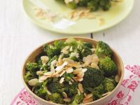 Broccoli Topped with Almonds recipe