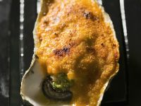 Broiled Oysters with Breadcrumb and Cheddar Topping recipe
