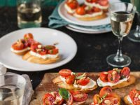 Bruschetta with Goat Cheese and Pine Nuts recipe