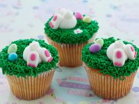 Bunny in the Grass Cupcakes recipe