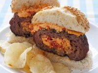 Burger with Bell Pepper Cheese Cream Filling recipe