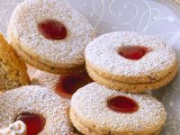 Butter Cookies with Raspberry Jelly recipe