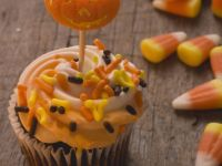 Buttercream-topped Halloween Cupcakes recipe