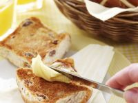 Buttered Easter Buns recipe