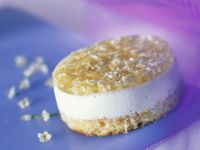 Buttermilk Mousse Tartlet with Elderflower Jelly recipe