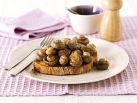 Button Mushroom Crostini recipe