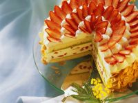 Cake with Strawberry Filling