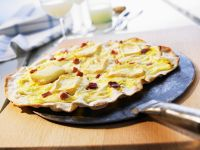 Camembert and Bacon Pizza recipe
