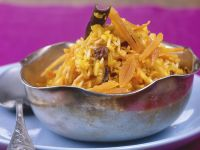 Carrot, Apricot and Raisin Spicy Indian Pilau recipe