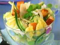 Cheese and Avocado Salad with Croutons recipe