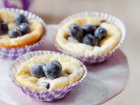 Cheesecake Muffins with Blueberries recipe