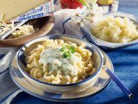 Cheesy Elbow Pasta with Apple Sauce recipe