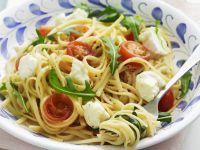 Cherry Tomato and Mozzarella Linguine recipe