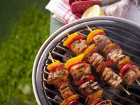 Chicken and Pepper Brochettes recipe