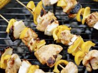 Chicken and Pepper Skewers with Corn recipe