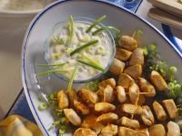 Chicken Kebabs with Yogurt Dip recipe