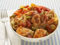 Chicken Penne with Tomato and Pepper Sauce recipe