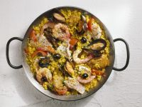 Spanish Rice with Chicken and Bream recipe
