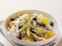 Chicken, Sliced Onion and Citrus Salad recipe