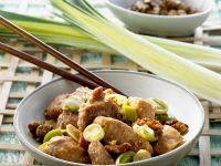 Chicken with Leeks and Walnuts recipe