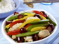 Chicken with Mixed Vegetables and Grapes recipe
