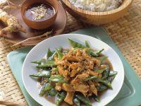 Chicken with Snow Peas recipe