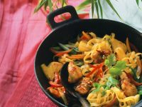 Chicken with Vegetables, Pasta and Sweet Chili Sauce recipe