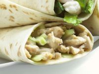 Chicken Wraps with Cucumbers recipe