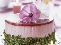 Chilled Berry Yogurt Gateau recipe