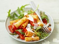 Chilli Rigatoni with Salad recipe