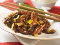 Chinese Pork Stir-Fry with Morels and Leeks recipe