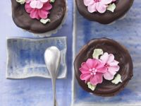 Choc Muffins with Sugar Flowers recipe